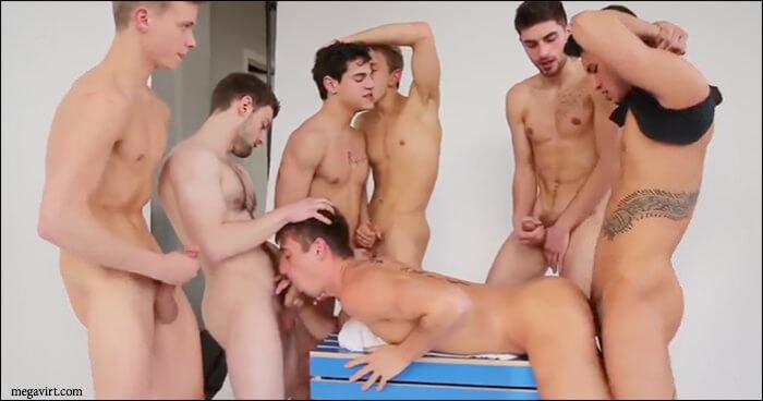 Кадр из видео геев